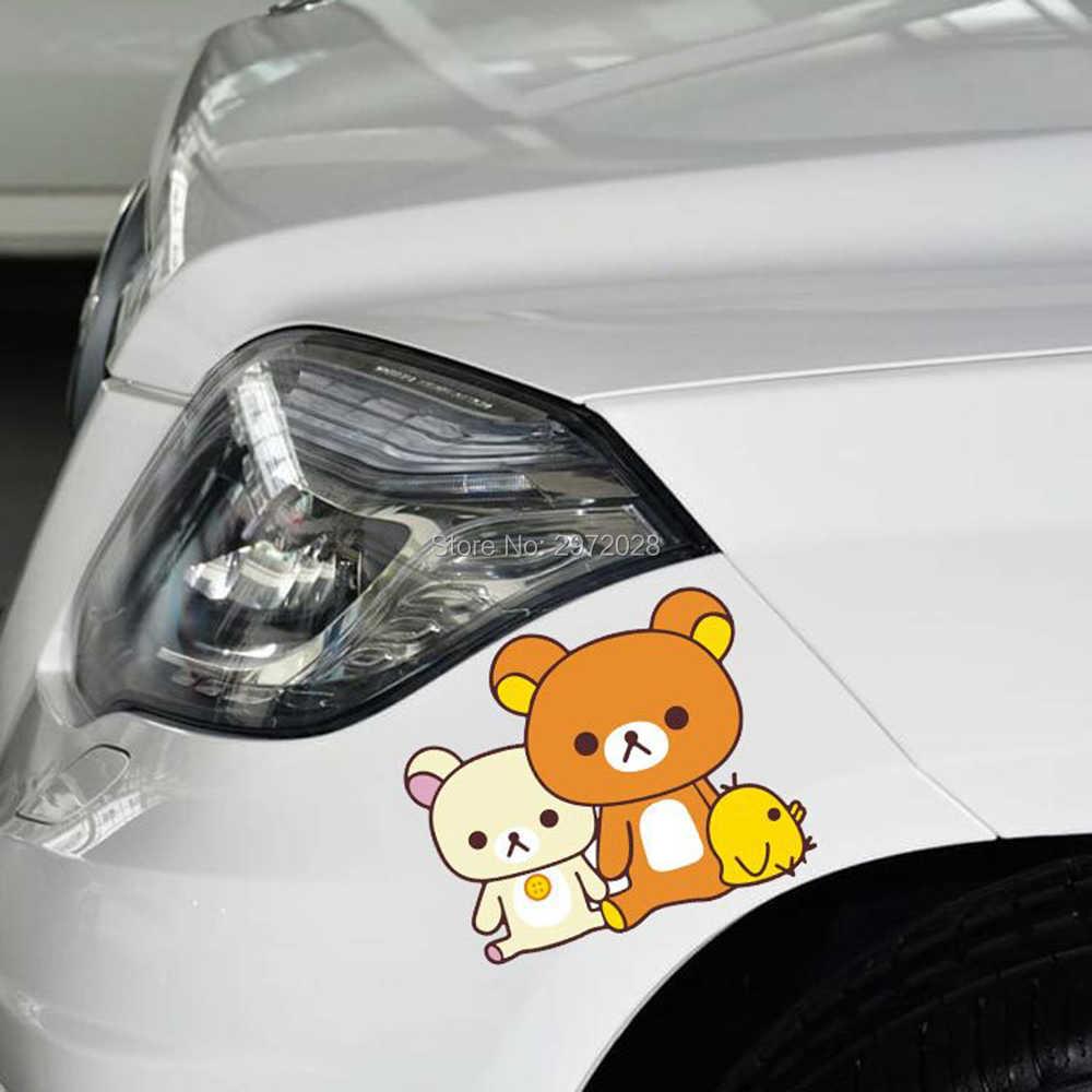 ใหม่ล่าสุดน่ารักการ์ตูนสติกเกอร์รถหมี Rilakkuma นั่งไก่ดูตกแต่งรถทั้ง Windows รูปลอก