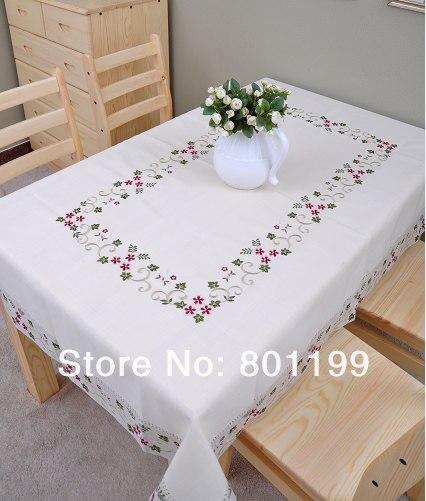 Daisy Embroidery Table cloth/ 8 chair Tablecloths/ SIZE:130X175CM/51x69Daisy Embroidery Table cloth/ 8 chair Tablecloths/ SIZE:130X175CM/51x69
