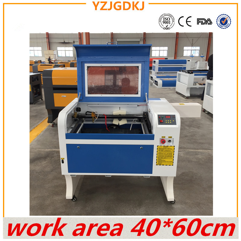 O envio gratuito de 4060 220 v/110 v máquina de gravação a laser com USB suporte honeycomb CO2 trabalho da máquina de gravação a laser área 40X60 cm