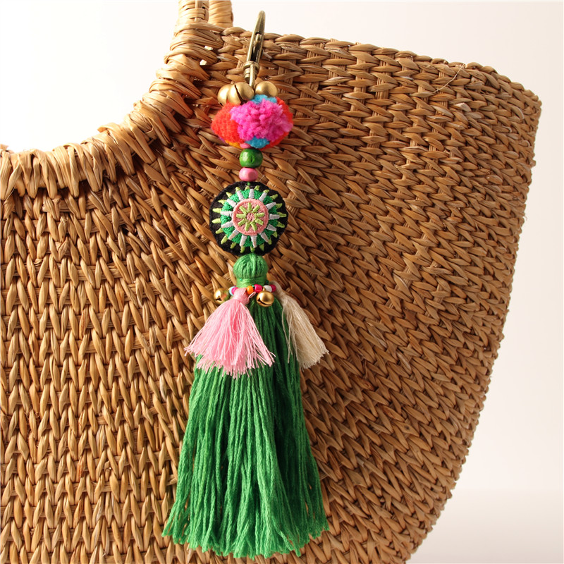 1pc Green Boho Pom Pom Key Chain Bag Accessories Tassel Bag Purse Rainbow Charm Keychain Beach Jewelry