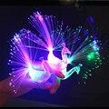 Diseño de la novedad Colorido Pavo Real de la Luz LED Dedo Del Light-up Juguetes Mejores Regalos de Navidad Fiesta de Halloween