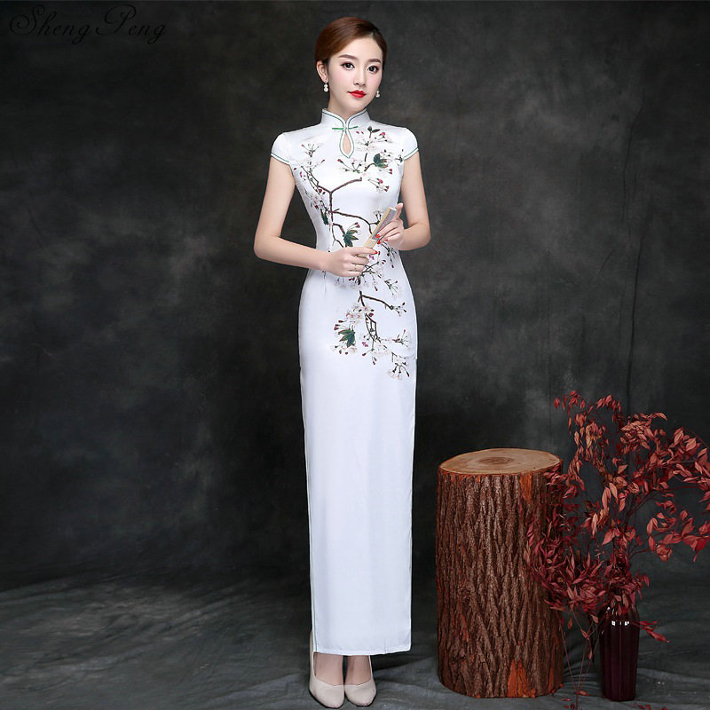 Longue Cheongsam robe traditionnelle chinoise robe fausse soie Qipao robe orientale chinoise Qipao robe V828