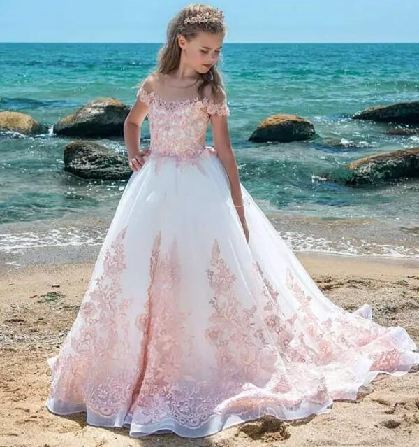 New Pink Girls Pageant Dresses Sheer Neck Cap Sleeves Appliques Lace Kids Formal Wear Wedding Party Gown Flower Girls Dresses