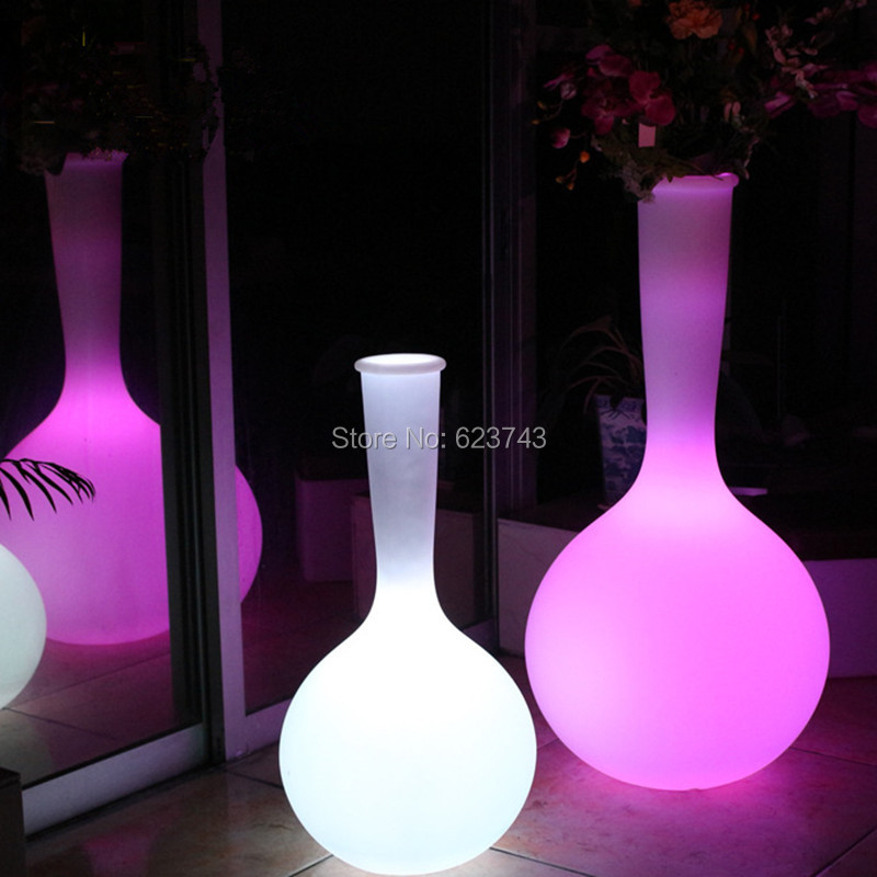 Classic Outdoor waterproof glowing LED Floor lamp remote control led floor big luminous rechargeable flower pot floor boughpot