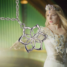 Vintage jewelry-As The Hobbit: An Unexpected Journey Galadriel Flower pendant necklace fashion party jewellery cosplay necklace