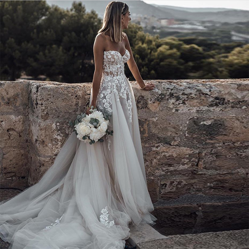 Sweetheart Boho Wedding Dresses A line Sleeveless Appliques Beaded Bridal Gowns Illusion Backless Elegant Country Bridal Dresses-in Wedding Dresses from Weddings & Events    2