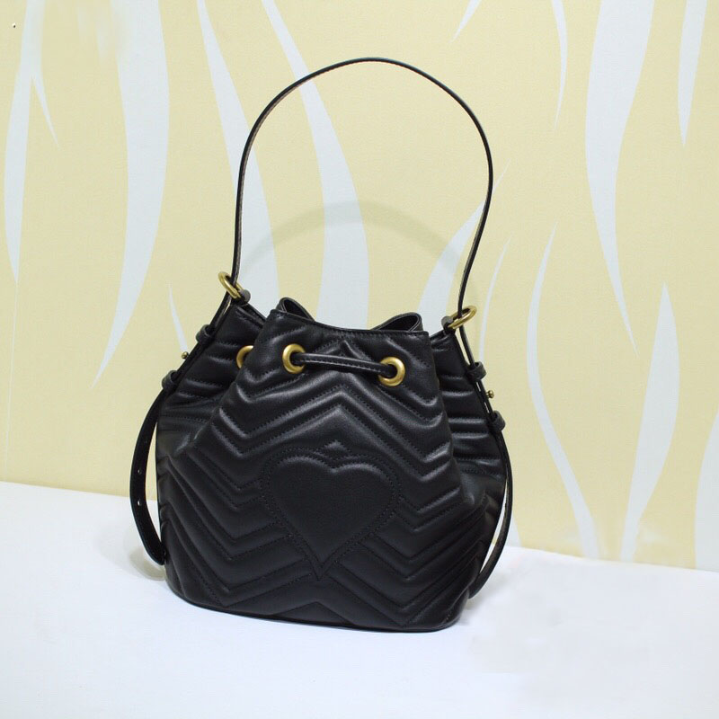 Famous brand lady Drawstring bag New style fashionable lady shoulder bags high quality Real Leather women bags Luxury handbags fashionable drawstring and weaving design shoulder bag for women
