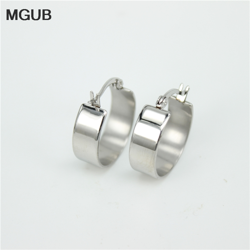 MGUB20-40 2 color selection Stainless steel jewelry simple and elegant earrings Women jewelry silver color earrings   LH138