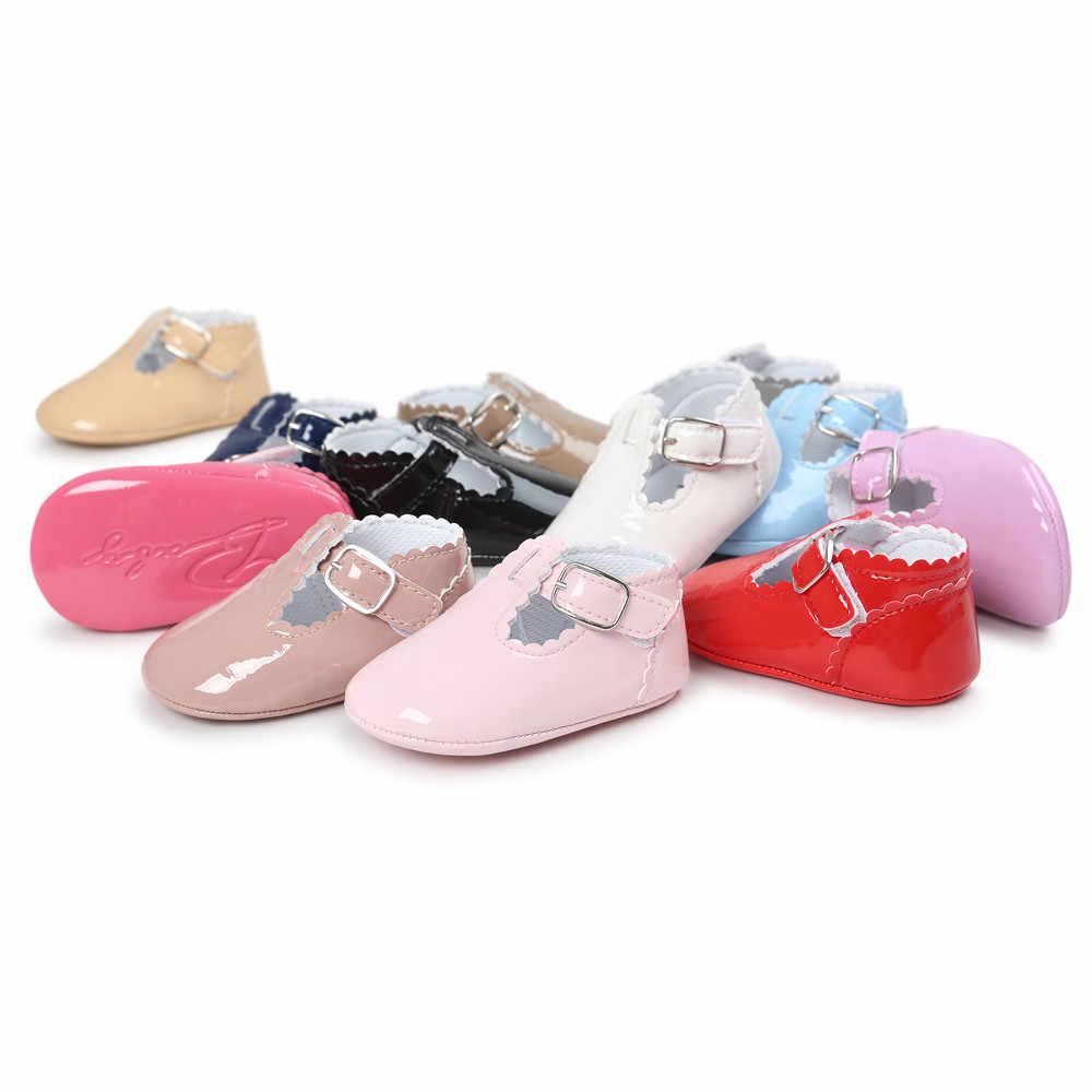 2018nuevo otoño/primavera bebé caliente zapatos de suela suave niños recién nacidos niñas zapatos de bebé de cuero PU mocasines de lentejuelas Casual zapatillas de deporte