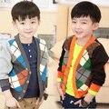 Nueva otoño invierno niños boy suéteres con cuello en v prendas de punto de cuello suéter abierto stitch Ling plaid coat Cardigan