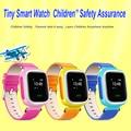 Caliente gps smart watch reloj bebé q90 con pantalla táctil wifi llamada sos ubicación devicetracker de seguros para niños anti-pérdida monitor