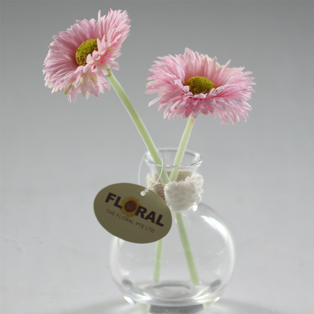 Hand Made Gerbera Artificial Flowers With Glass Vase Silk Flower