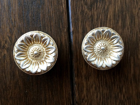 Shabby Chic Dresser Drawer Knobs Pulls Handles / Antique Silver Rose Flower  Cabinet Handle / French