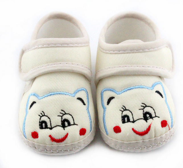 New Baby Shoes Spring And Autumn infant Smile Bears Prewalker Shoes Very Soft Bottom First Walkers