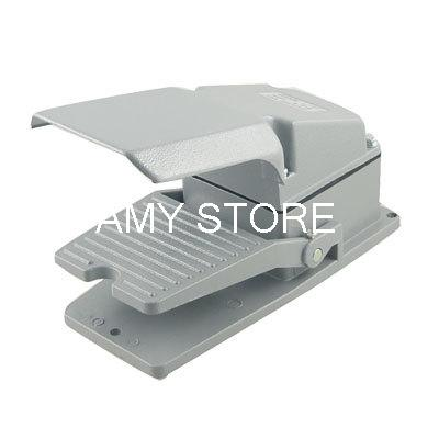 AC 250V 15A Gray Metal Case Momentary Single Action Foot Switch w Guard