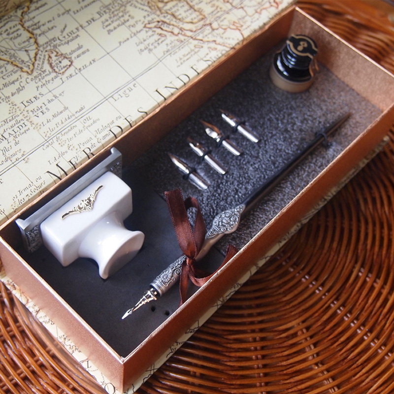 New Best Gothic Calligraphy Dip Pen Set with 1 Pen 4 Nibs 1 Ink 1 Ceramic Fount antique gothic calligraphy dip pen set pilot parallel english copperplate script pen with 1 inks 5 nibs 1 stamp 1gift box