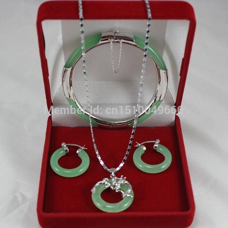 SU41 Hot sale FREE SHIP>>>Beautiful white green jade bracelet necklace earrings setSU41 Hot sale FREE SHIP>>>Beautiful white green jade bracelet necklace earrings set