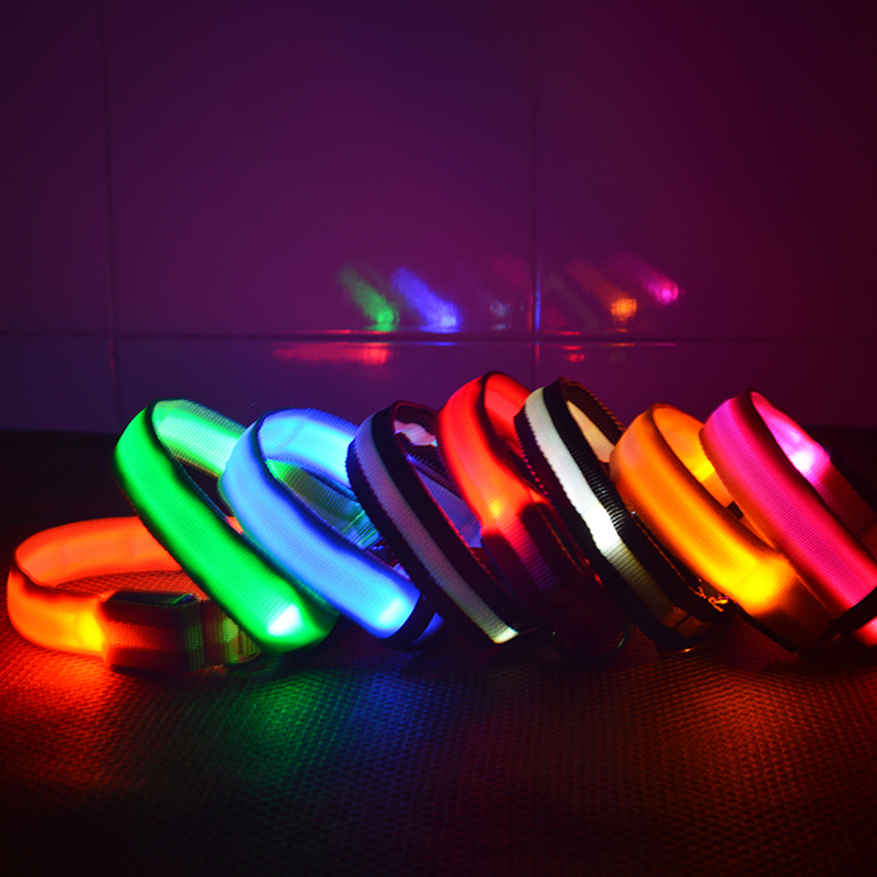 7 Warna Nylon Keselamatan Malam LED Anjing Collar Lights Flashing Glow Pet Supplies Dog LED Collar Leash