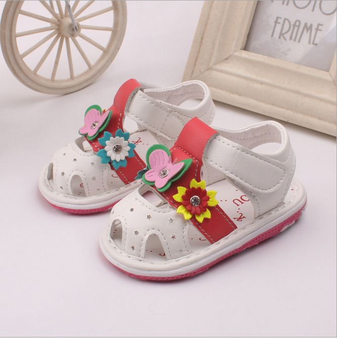 5d922abbcc1 Bahía Niñas Sandalias para verano Zapatos con flor 0 2 años los niños  pequeños bebé niño Sandalias de suela Zapatos lindo zapato plano en  Sandalias de Mamá ...