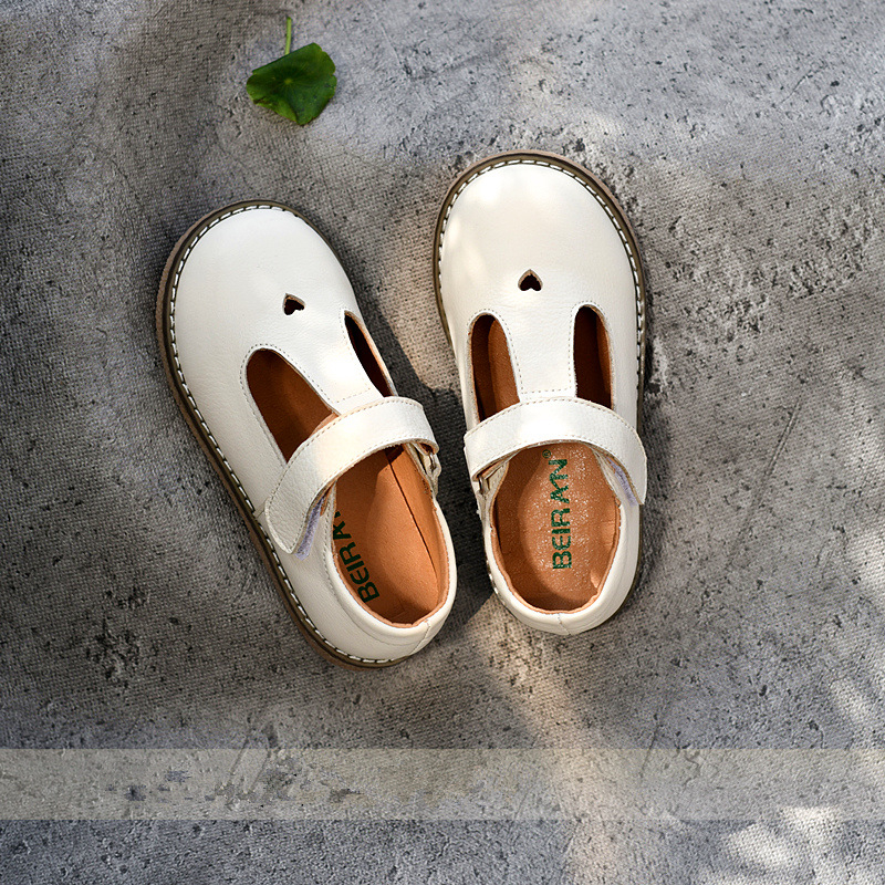 Genuine Leather Children Casual Shoes Summer Hollow Girls Beach Shoes Kids Flat Shoes Heart-shaped Princess Shoes