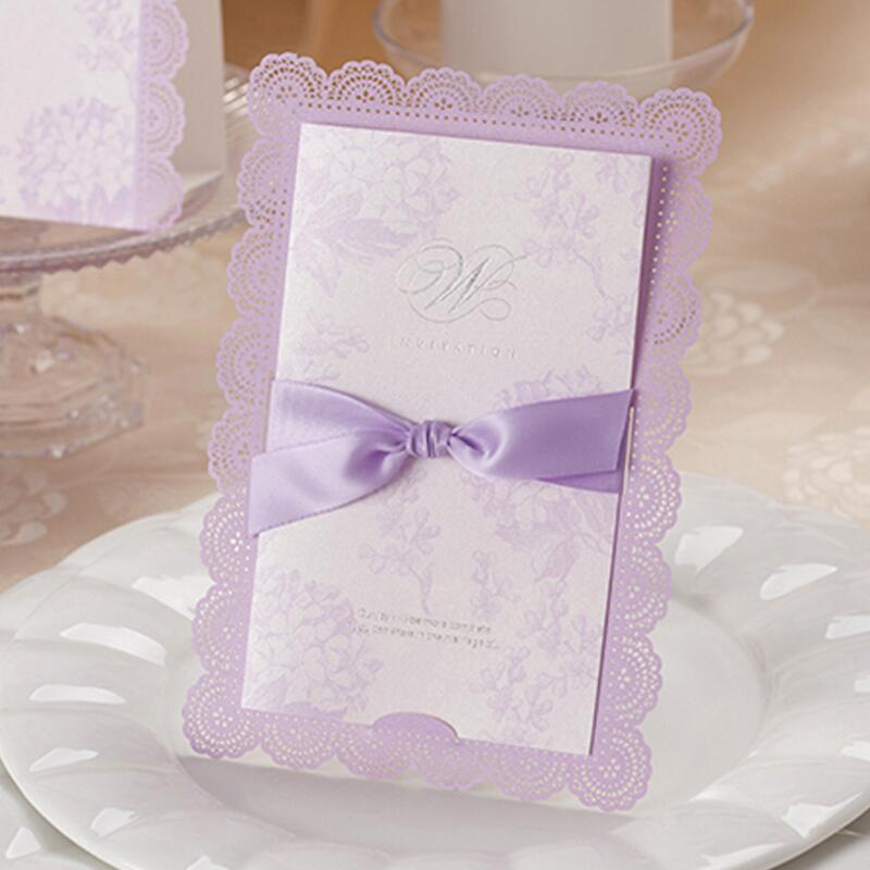 50pcs/pack Laser Cut Wedding Invitations Cards Customizable Purple Lace Floral Marriage Cardstock with Bowknot Ribbon 1 design laser cut white elegant pattern west cowboy style vintage wedding invitations card kit blank paper printing invitation