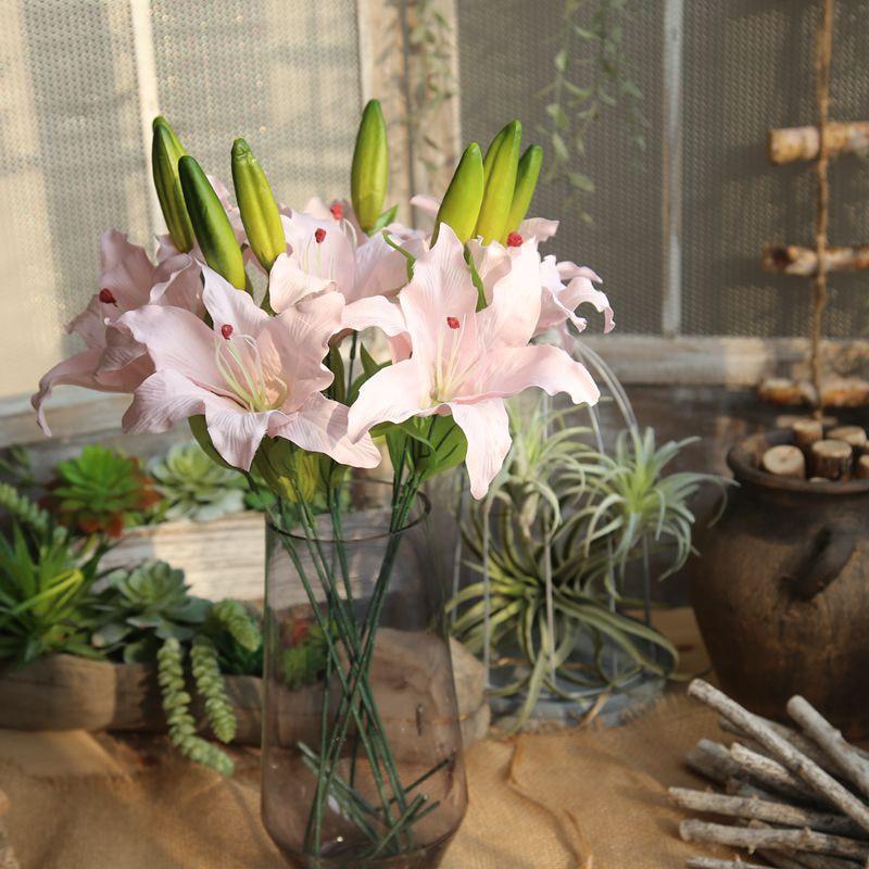 3e2477560358 Πολύχρωμο τεχνητό ανθοδέσμη λουλουδιών κρίνος Ψεύτικα λουλούδια ...