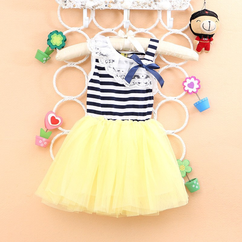 Girls dresses Free shipping 2018 New summer Striped cotton Material Bow Lace Sleeveless Baby dressA224