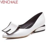 Venchale新しいスタイルファッションパンプス女性良い品質尖ったつま先genuind革ブラックホワイト低ヒールパーティーの靴女