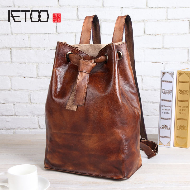 AETOO 2017 new leather shoulder bag female package tannage leisure backpack retro first layer of cowhide buckets bag bag tide aetoo the new female bag of fringes blooming bag bag ring package retro iron ring portable shoulder messenger bag