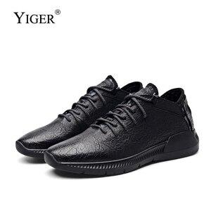 Image 1 - YIGER nowe męskie sportowe buty prawdziwej skóry mężczyzna przypadkowi buty wsuwane wiosna krowy skórzane męskie buty rekreacyjne czysta czerń 0264