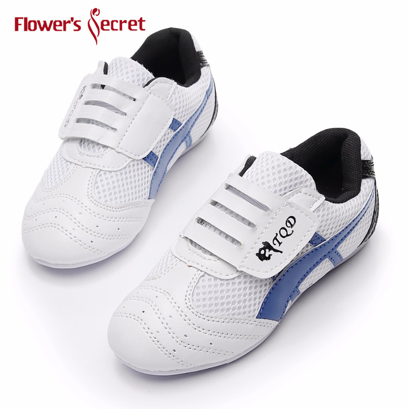 Kung Fu Taekwondo Shoes  Lightweight Shoes Karate Training Sport Shoes Sports Equipment For Adult Child Sneaker