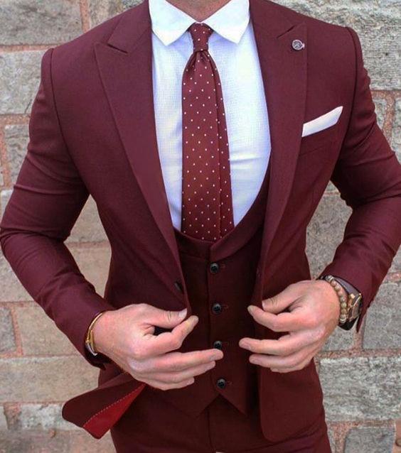 Gwenhwyfar 부르고뉴 신랑 착용 턱시도 3 조각 웨딩 정장 groomsmen 최고의 남자 정장 비즈니스 정장 남성용 (자켓 + 바지 + 조끼)-에서정장부터 남성 의류 의  그룹 1