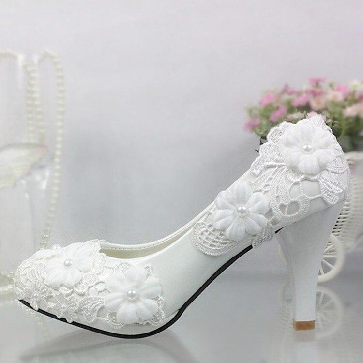 Sapatos mulheres bombas Sapatos de Casamento Flor De Renda Branca Pérola plataforma saltos Sapatos de salto Alto Sapatos de Casamento Da Noiva Da Dama de honra branco