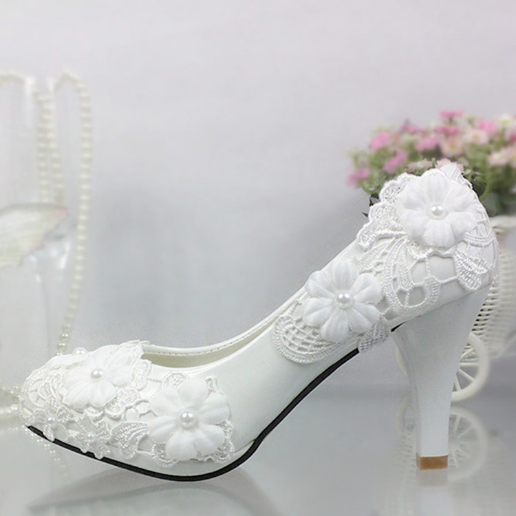 Schoenen vrouwen pompen Wit Kant Bloem Bruiloft Schoenen Parel Hoge hakken Bruid Bruiloft Schoenen Bruidsmeisje Schoenen witte hakken platform
