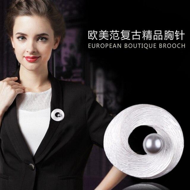 baiduqiandu Romantic Women Round Brooch With One Imitation Pearl Women Wedding Dress Coat Accessories