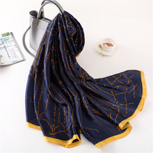 2018 luxury brand summer women scarf fashion quality soft silk scarves female shawls Foulard Beach cover-ups wraps silk bandana