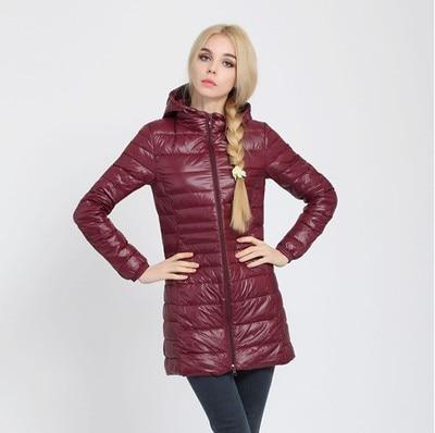 Зимняя женская куртка, новинка, тонкий пуховик с капюшоном, женский теплый пуховик, ультра легкие куртки, портативная парка на утином пуху, 6XL - Цвет: Wine red