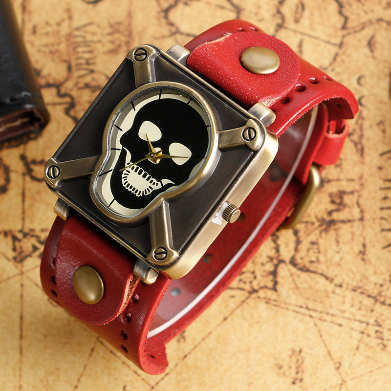 Modern Leather Band Strap Wrist Watch Special Design Men Women Cool Gothic Skull Head Wristwatch Square Dial Quartz Watches
