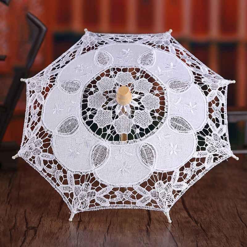 Bayan düğün gelin plaj şemsiyesi Hollow Out nakış dantel katı beyaz renk romantik fotoğraf sahne ahşap saplı 8 kaburga