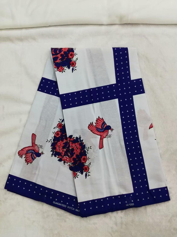 6 jaardia / erä Myydyin valkoinen batikavaha Nigeria värikkäitä - Taide, käsityöt ja ompelu - Valokuva 1