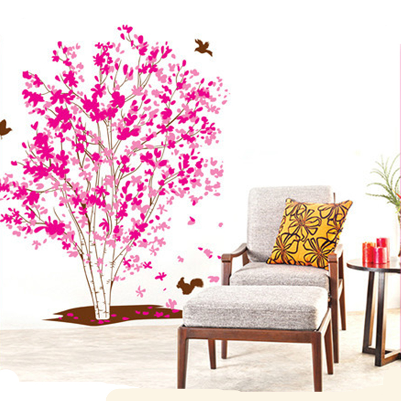 Outstanding One Red Wall Living Room Frieze - Living Room Designs ...