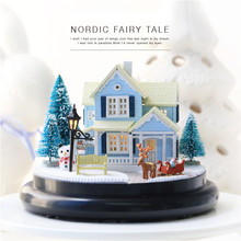 Cute Families House Diy Hut Nordic Fairy Tale Transparent Cover Villa Model Music Box Creative Kid Gift Juguetes Brinquedos