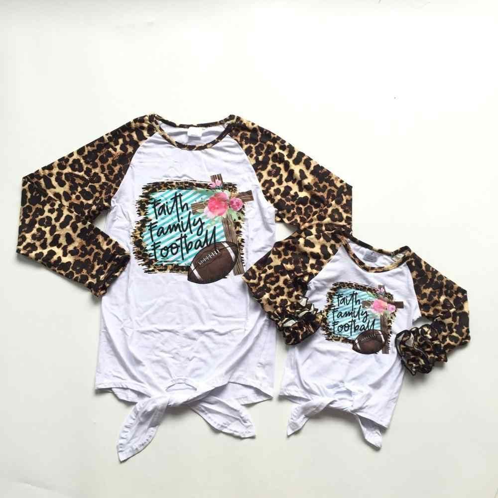 Mommy & me/осенне-зимний бутик для девочек, футболка с леопардовым принтом и галстуком-бабочкой для всей семьи, Футболка с рукавами-крылышками из хлопка