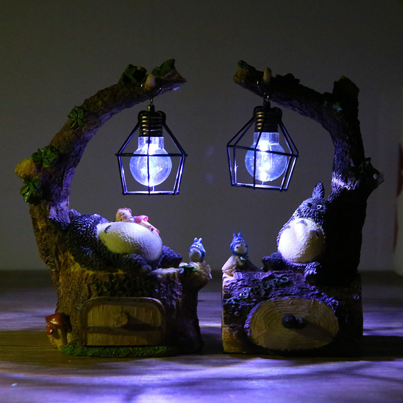 Creative Fashion Totoro LED Night Light Table Lamps Totoro Resin Ornaments Craft Girls Romantic Kid Toy Birthday Gift Decoration
