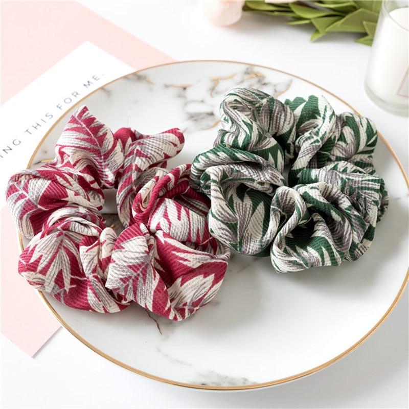 Купить с кэшбэком Fashion 1pc Leaves Shape Hair Rope Accessories High Quality Ponytail Holder Women Girls Elastic Hairband