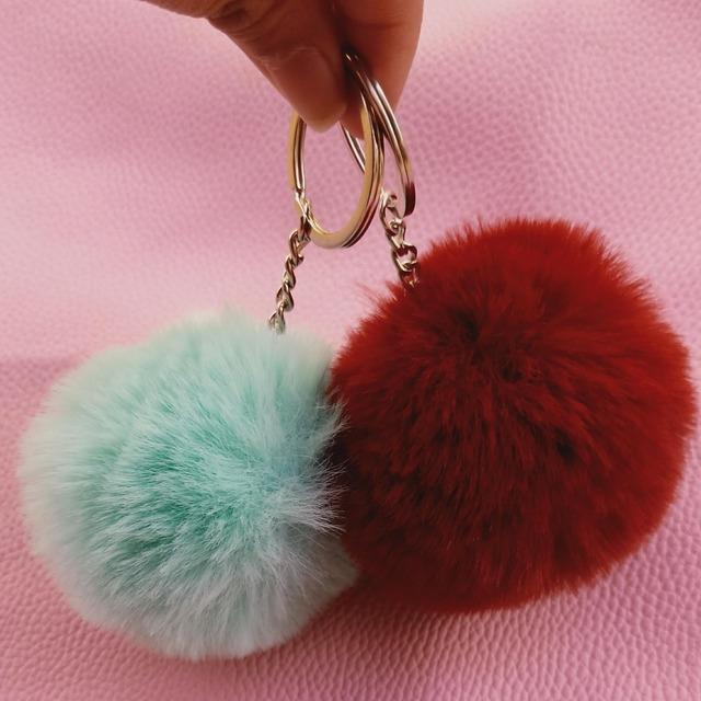 2017 New 8cm Faux Fur keychain Rabbit Fur Ball Keychain fur pom pom Keychain  fluffy porte clef llaveros Key Chain For Bag Charm d261ccb112a0