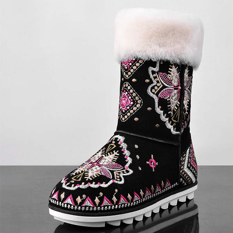 цена на Embroidery Women Flats Shoes Women Round Toe Snow Boots Winter Full Grain Leather Black Ankle Boots Motorcycle Sale Hot