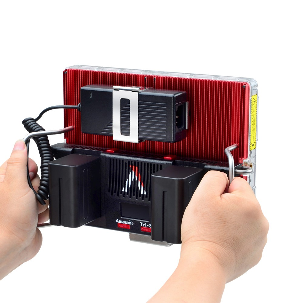 productimage-picture-aputure-amaran-tri-8s-daylight-dimmable-led-video-light-panel-with-ez-box-diffuser-kit-two-batteries-2-4g-remote-controllers-v-mount-97828