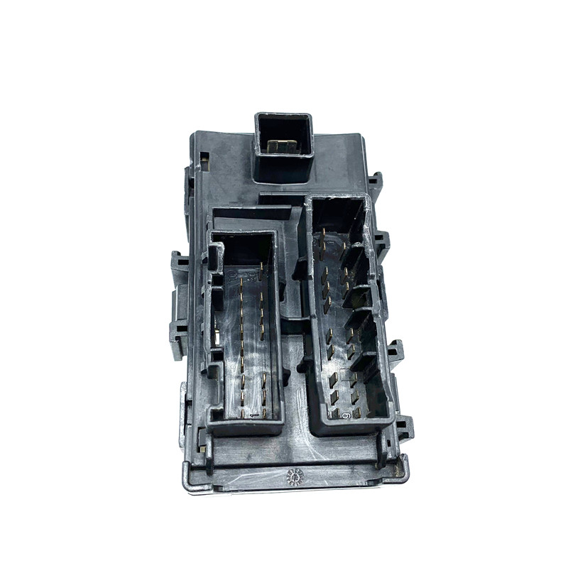 for kia sorento forte koup small engine fuse box engine modular system 12v  30a deco kia box assembly eng module power relay-in fuses from automobiles