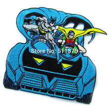 "3.5 ""Batman e Robin Figure nella Batmobile Marvel Comics Movie TV Uniform punk rockabilly applique ferro sulla zona(China)"